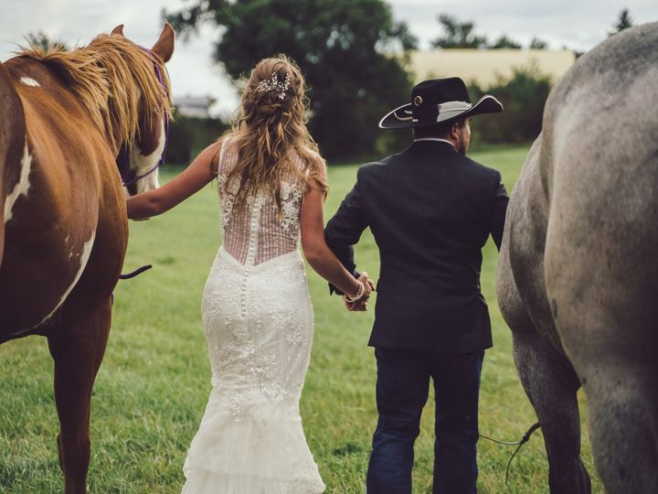 Tmx Ar006 51 1943477 158213630817284 Lemmon, SD wedding photography
