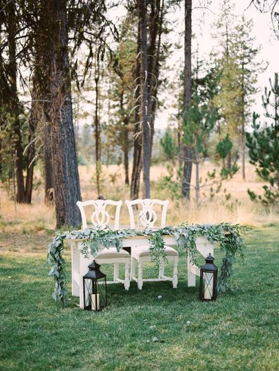 Farmhouse Sweetheart Table