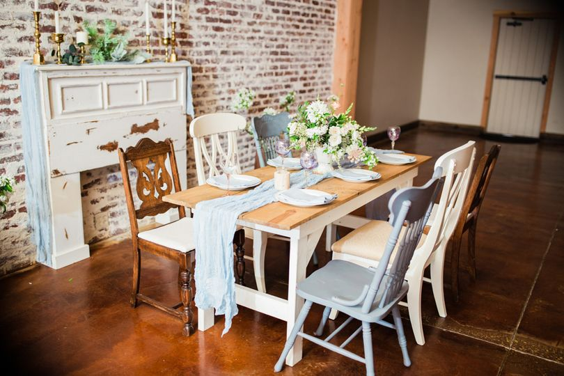 Farmhouse Table and Mantle