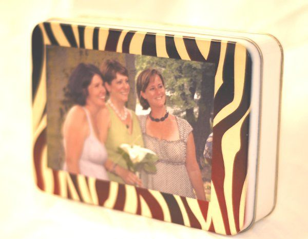 "Turn your bridal party photos into precious holiday gifts!  4""x6"" Tin box w/puzzle retail $27"