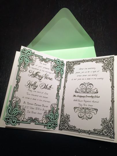 Detailed patterns on invitation border