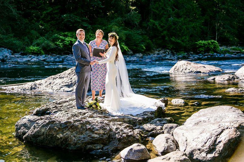 Snoqualmie River elopement