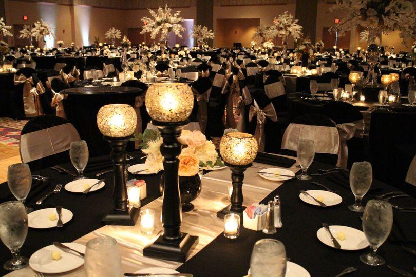 Black & cream wedding