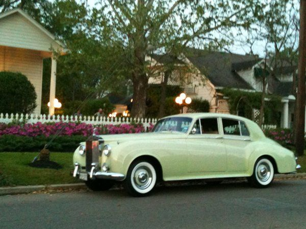 1959 One of a Kind... Rolls Royce Silver Cloud 1. Fully restored to its original beauty and...
