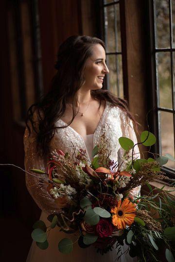 Tmx 614ac08a928c8c13b1525e29a5a8749b Medium 51 1898477 157687631740728 Carmel, IN wedding florist