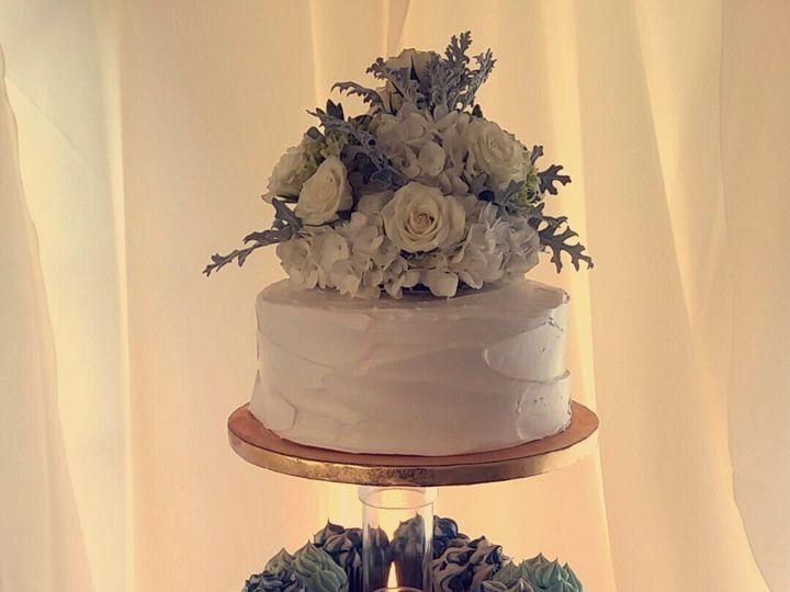 Tmx 1521653660 978dc80e15621a76 1521653658 5d4678534b8e293f 1521653657710 5 Cake Ruskin, FL wedding venue
