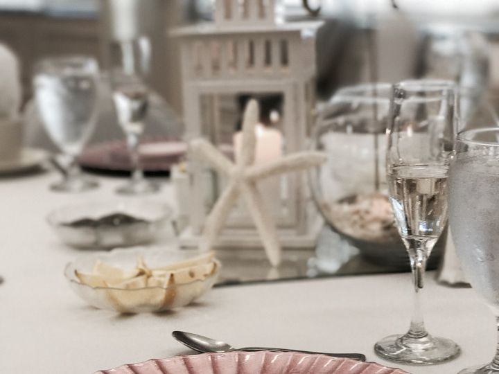 Tmx Blush Chargers With Wedding Table Set Up 51 360577 Ruskin, FL wedding venue