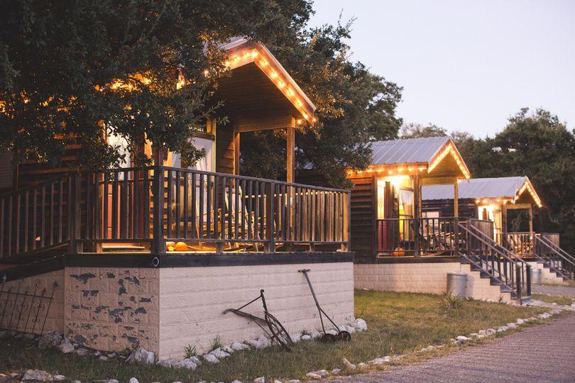Rustic, private, porch-sitting