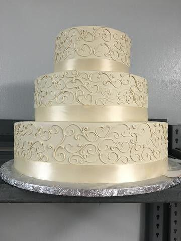 Tmx 1490381077093 Img1081large Braintree, Massachusetts wedding cake