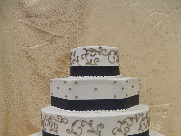 Tmx 1490393565429 10 29 09 022 Braintree, Massachusetts wedding cake