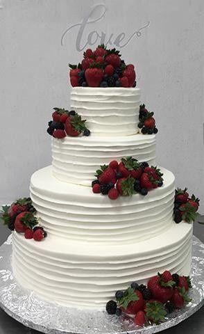 Tmx 1490393685149 Fullsizerender29b15e9a3 1f5c 43b0 A79d 2663b103348 Braintree, Massachusetts wedding cake
