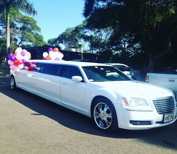 Duke\'s Limousine Service - Transportation - Honolulu, HI - WeddingWire