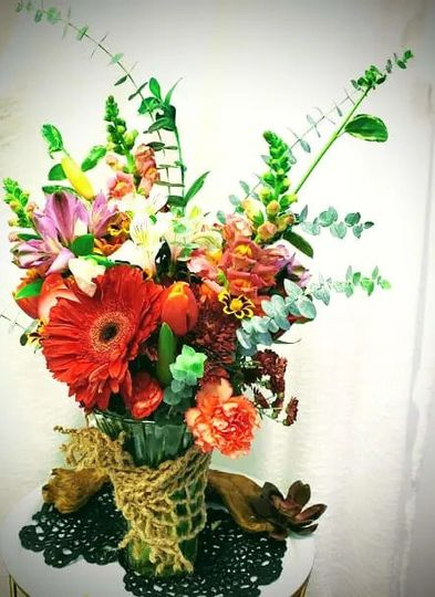 Gerbera daisies, snapdragons, and more