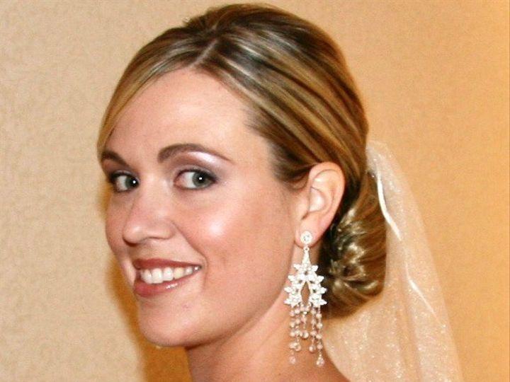 Tmx 5b15814b 02c0 4630 A0e0 6ecc2016ddb3 1 201 A 51 1686577 158808829487284 Hillsborough, NC wedding beauty