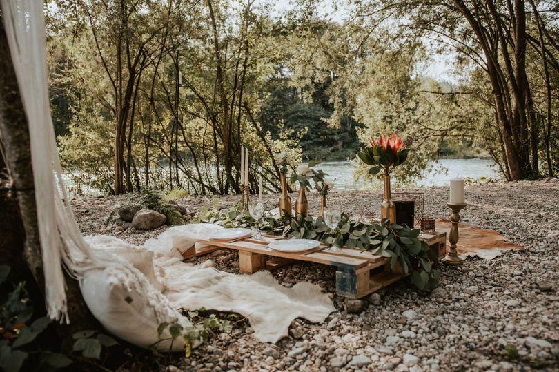 Intimate picnic celebration