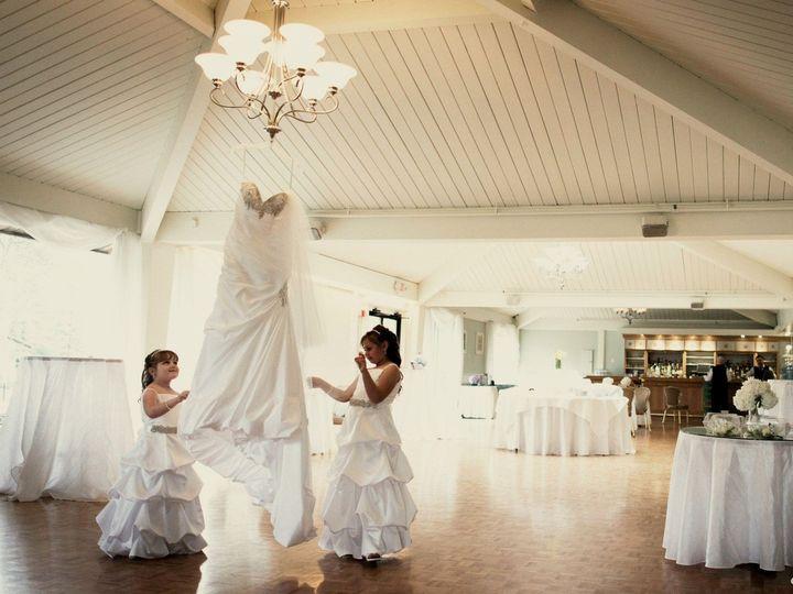 Tmx Flowr Girls And Dress In Garden A 51 2677 Wrentham wedding venue