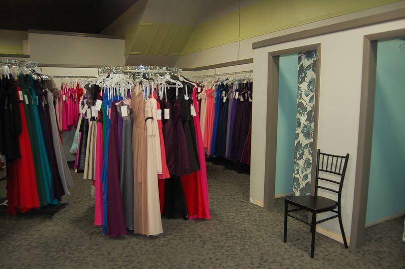 The wedding tree dress attire la crosse wi for Wedding dresses la crosse wi