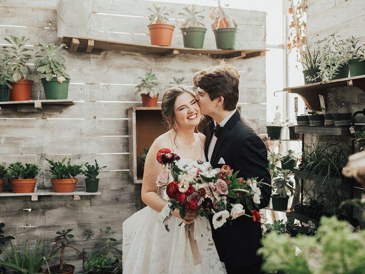 Tmx Smith 337 Websize 51 1923677 159067290813320 Knoxville, TN wedding florist