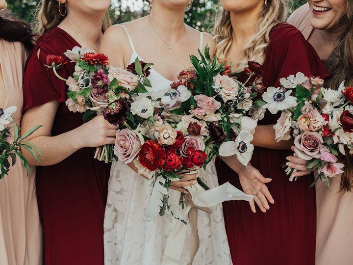 Tmx Smith 617 Websize 51 1923677 159067323265046 Knoxville, TN wedding florist
