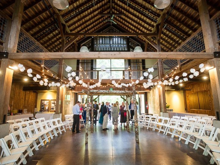 Tmx 71602 Beazell White Padded 51 53677 157679819364253 Corvallis, OR wedding rental
