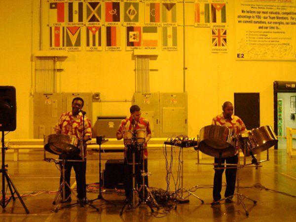 Florida Steel Drum Band, Steel Drum Players, Steel Drum Music. Book for weddings, parties and...