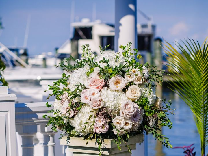 Tmx Redfordwedding 1334 51 946677 159845977166519 Edgewater, Maryland wedding florist