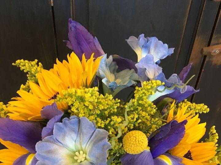 Tmx 1524318986 C1cac4dc8cfbe483 1524318984 2cb0aa653c000745 1524318972507 2 Photo Apr 05  10 5 Waldoboro, ME wedding florist