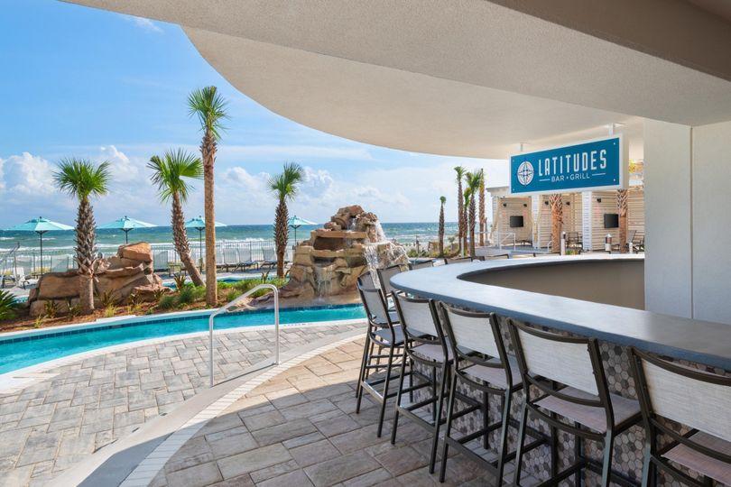 Outdoor Hotel Bar