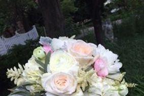 Kacie Cooper - Floral Designer