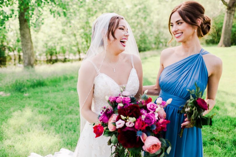 bridal party 104 51 501777 1563211495