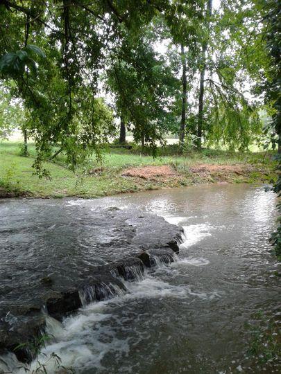 creek falls 51 1051777 1565369948