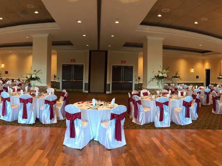 Tmx 1520533999 2f15472dff0eb0ac 1520533997 6e85f3e4f7b7679b 1520533996367 1 IMG 7048 Greensboro, North Carolina wedding venue