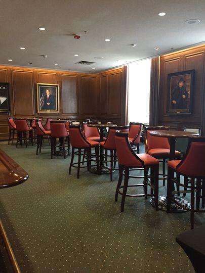 John's Bar