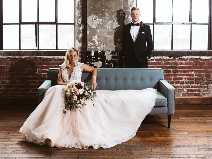 Tmx Dad68123 C10c 4c6c B76f Be2f231cb5f3 51 1262777 158134715873943 Kansas City wedding dress