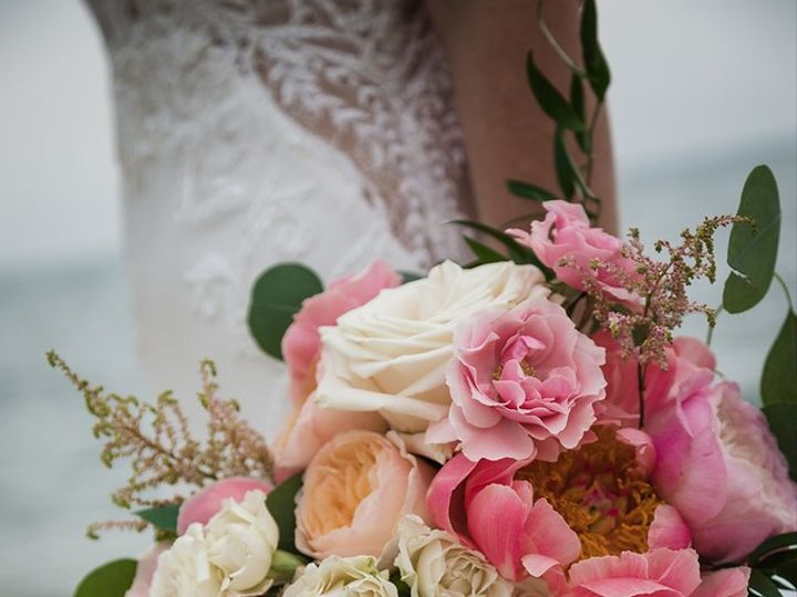 Tmx I Dzfp2vp X2 51 1362777 158257517142398 Plymouth, MA wedding florist