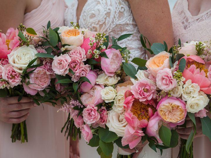 Tmx I L5zxg4s X3 51 1362777 158257520828176 Plymouth, MA wedding florist