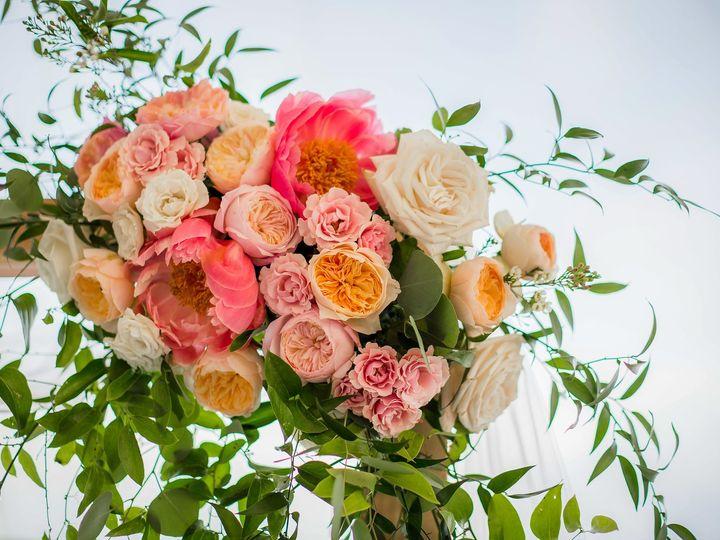 Tmx I Wncrckp X3 1 51 1362777 158258137313152 Plymouth, MA wedding florist