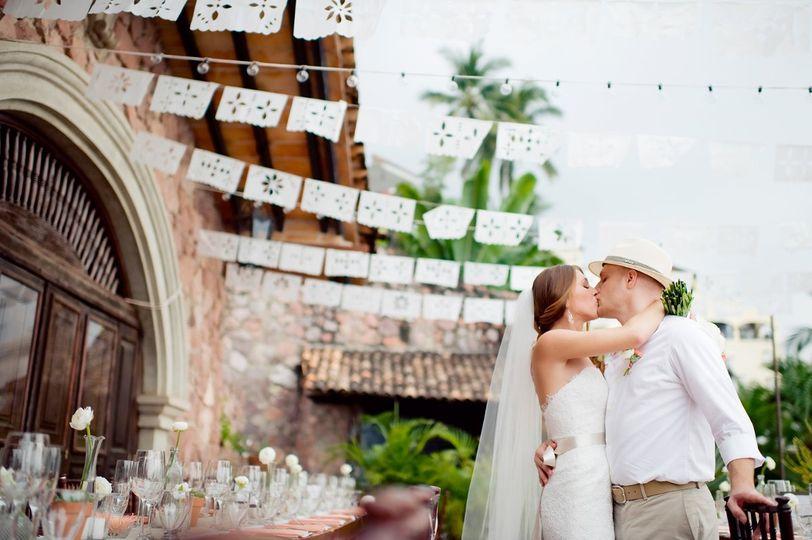 Destination Wedding Photographer | KLK Photography Puerto Vallarta, Mexico The Dazzling Details...