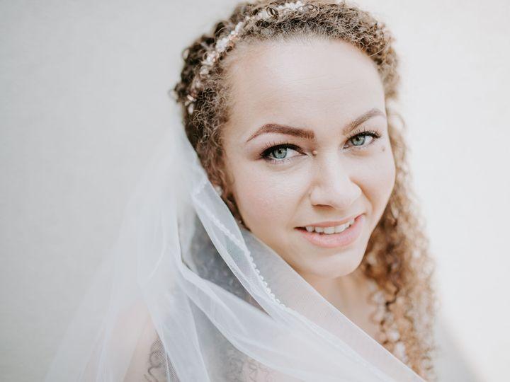 Tmx 1532060046 50907fa966003a06 1532060044 3684680bdb5ac035 1532060023309 2 Gavin KatieWedding Lancaster, PA wedding beauty