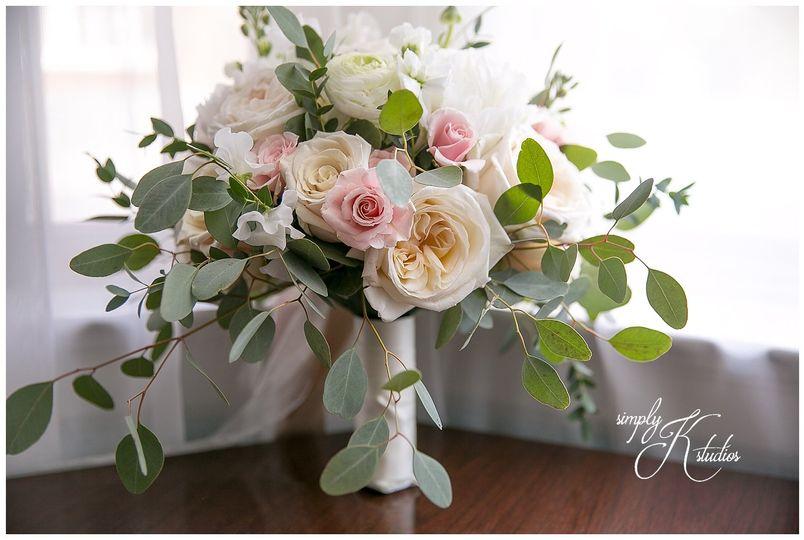 weddingflowersnearsimsburyct 51 66777 v1