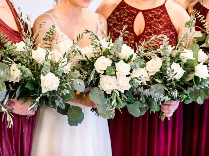 Tmx Img 93302 51 1917777 158550284925612 Wyoming, MI wedding florist