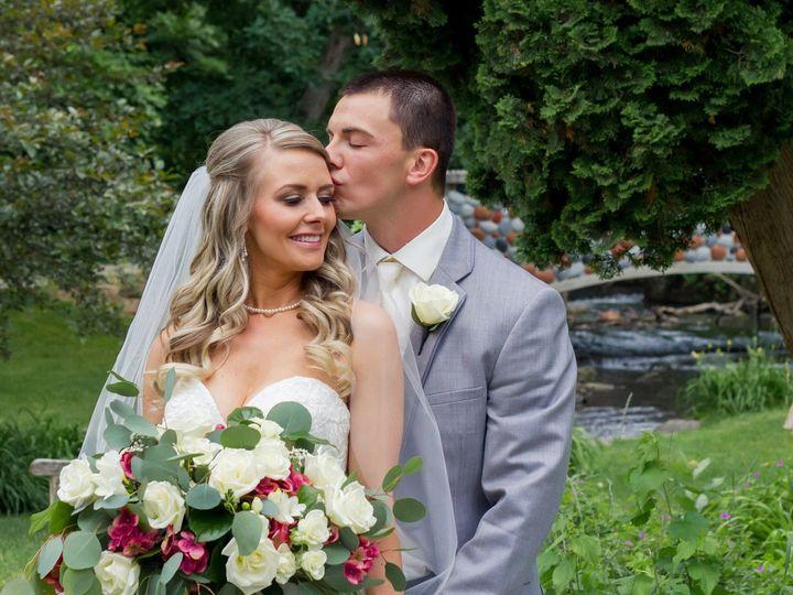Tmx Sarah And Andrew 51 1917777 158550285879679 Wyoming, MI wedding florist