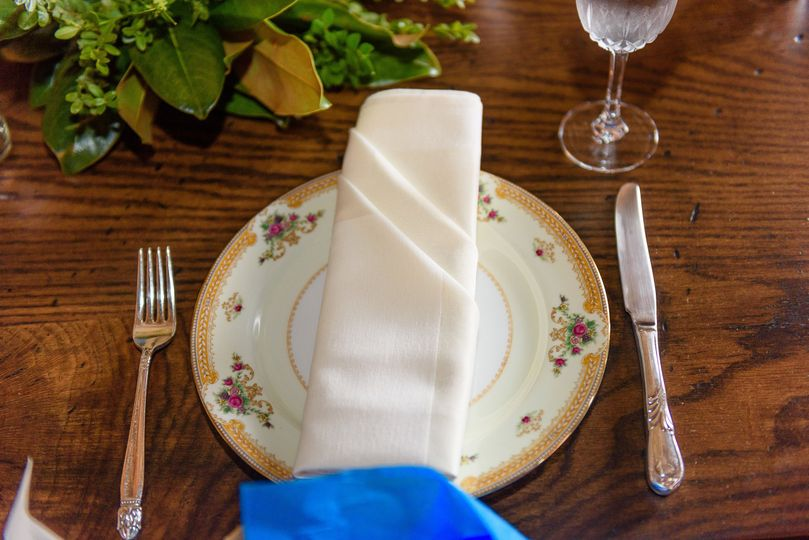 Plating and cutlery