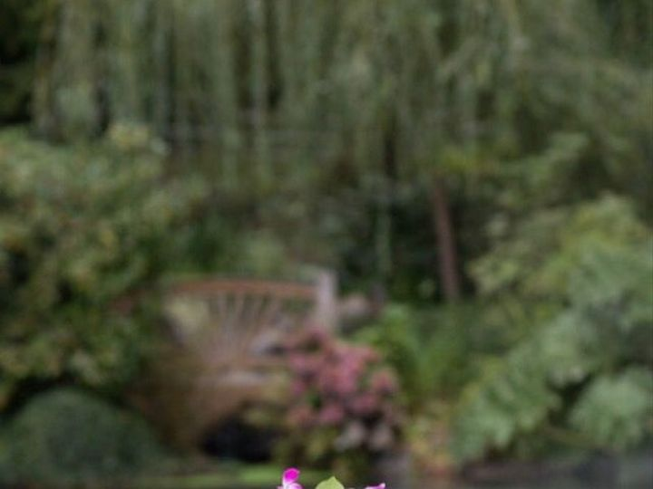 Tmx 1531773612 861edaf0ff9542b3 1531773610 D5fe10ed8d185443 1531773609551 4 Grant And Jensen E Seattle, Washington wedding florist