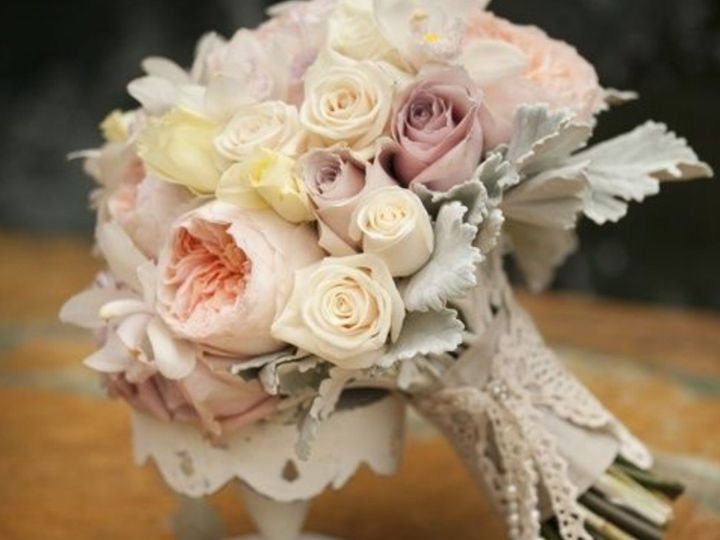 Tmx 1531773612 C3769d8994c01c68 1531773610 5e817ecabaf30256 1531773609542 2 Grant And Jensen E Seattle, Washington wedding florist