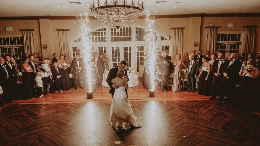 wedding djs melbourne 01 51 1889777 157374750223099