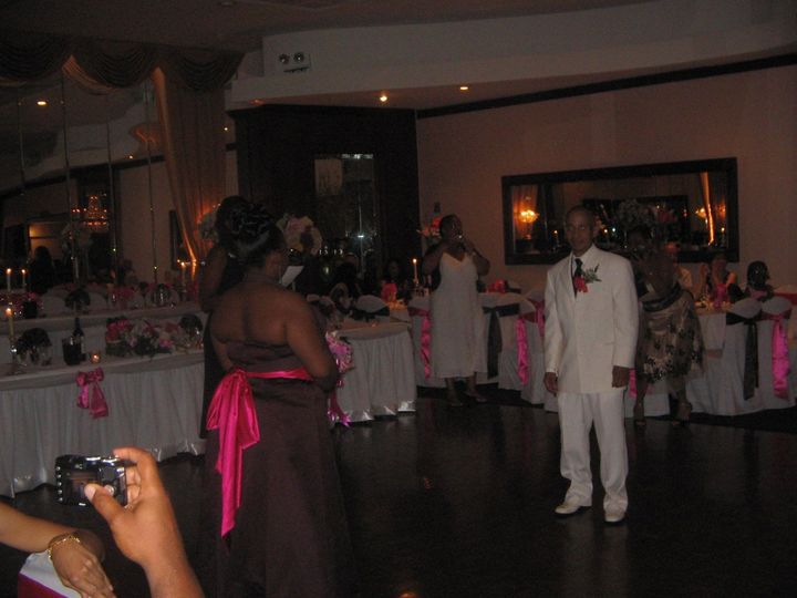 4f7b526470f60031 1390572328248 patricia wedding dais tabl