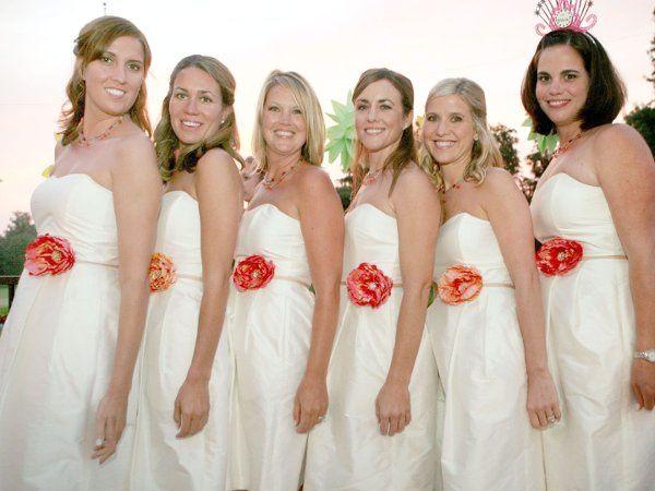 Alyssa's bridal party wearing CarolineAlexander flower belts