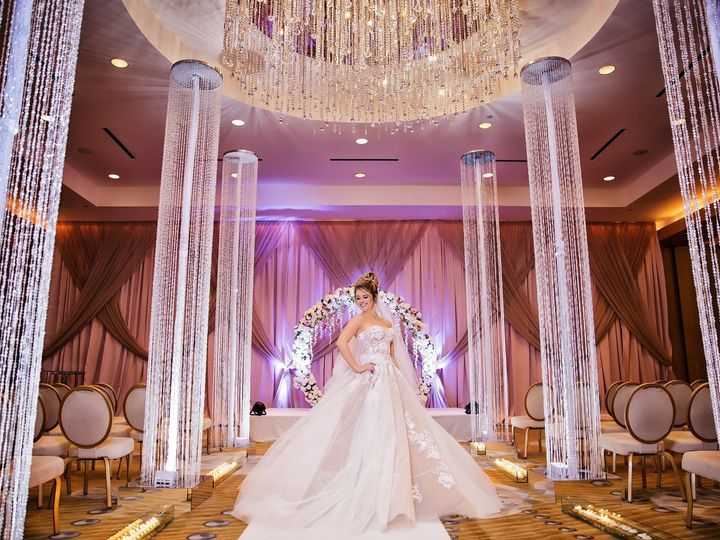 Tmx 1531237592 09c639aca8b27024 1530125842 78fbc7d77e4839ae 1530125840 439f2229065e8106 153012 Pompano Beach, Florida wedding florist