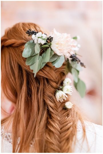 Boho hairstyles - Alexandra Robyn Photo + Design
